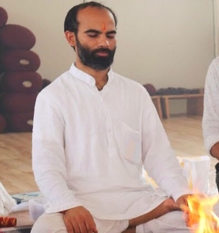 Dr. Chandramani - Yoga Vidya Mandiram
