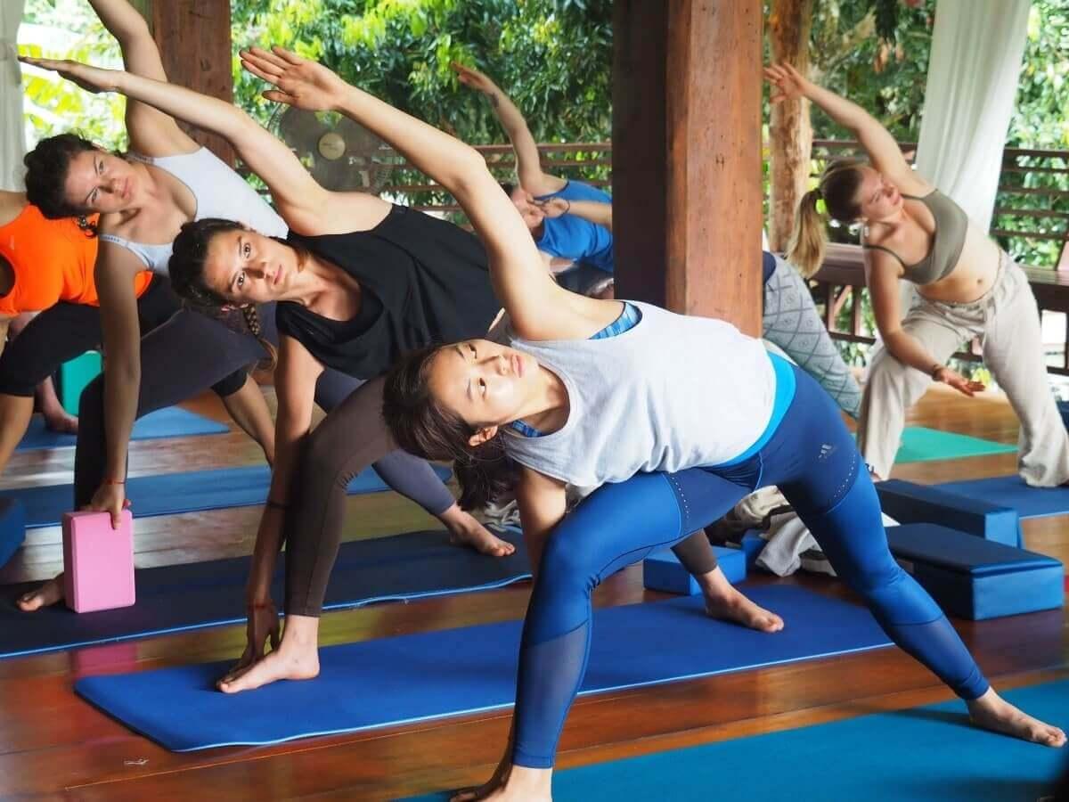 Yogavidyamandiram slide 3